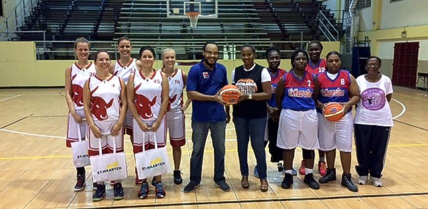 Dames 2 wint vriendschappelijke wedstrijd tegen Sint Maarten